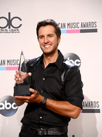 The 2013 American Music Awards - Press Room